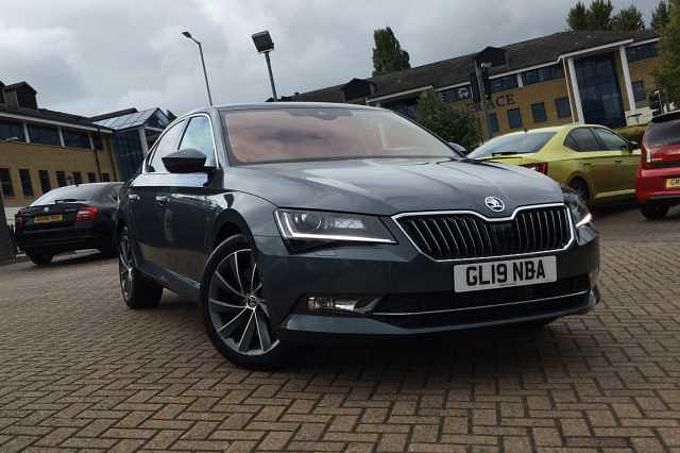 SKODA Superb 2.0 TSI 272ps 4X4 Laurin&Klement DSG Hatch
